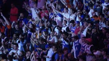 Knicks fans.