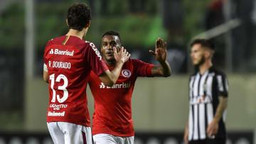 Internacional x Atlético-MG, São Paulo x Chapecoense e muito mais: confira os melhores jogos para se assistir hoje, 16 de junho.