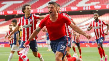 Atlético de Madrid precisou virar o placar diante do Osasuna, enquanto o Real Madrid triunfou sobre o Athletic Bilbao.