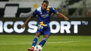 Sebastián Villa jugando en Boca Juniors