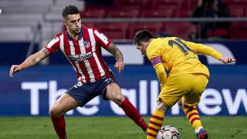 Barcelona e Atlético se enfrentam em clássico que pode mudar rumos de LaLiga