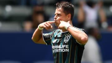 Javier Hernández acumula siete goles en cinco jornadas
