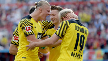 Borussia Dortmund oyuncularının gol sevinci
