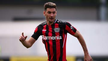 Lucas Alario steht vor einer wichtigen Karriere-Entscheidung