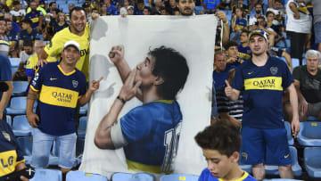 les supporters de Boca Juniors ont rendu un vibrant hommage à leur légende.
