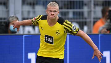 Erling Haaland avec le maillot du Borussia Dortmund.