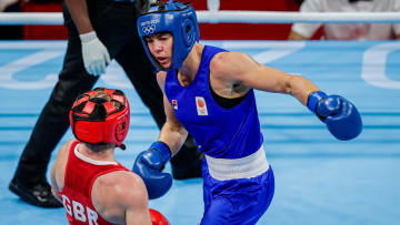 Lauren Price vs Li Qian prediction, odds & betting lines for women's Olympic middleweight boxing gold medal bout on Sunday, August 8.