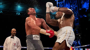 Anthony Joshua defeated former world heavyweight champion Anthony Joshua on April 29, 2017