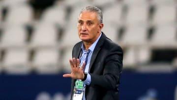 Técnico chega a 41 vitórias no comando do Brasil