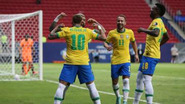 Brasilien beim Torjubel