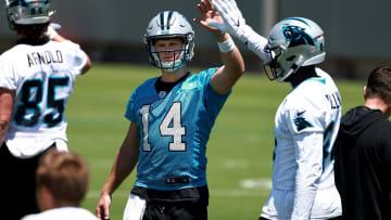 Carolina Panthers fans will love Sam Darnold's spot in Chris Simms quarterback rankings.