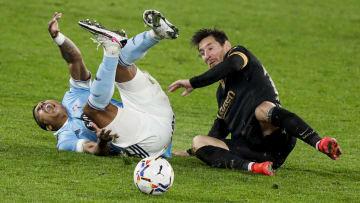Celta de Vigo v FC Barcelona - La Liga Santander