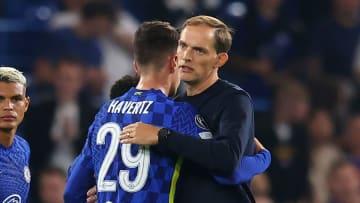 Tuchel embraces Havertz following the Champions League victory over Zenit