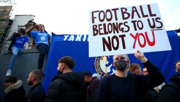 Les supporters de Chelsea se sont mobilisés pour que leur leur club se retire de la Super League.