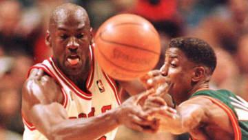 Chicago Bulls guard Michael Jordan (L) and Seattle