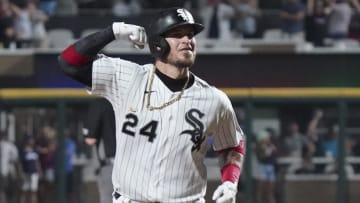 Yasmani Grandal hit two home runs for the White Sox