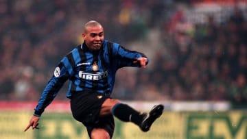 Ronaldo menjadi pemain termahal pada musim 1997/98