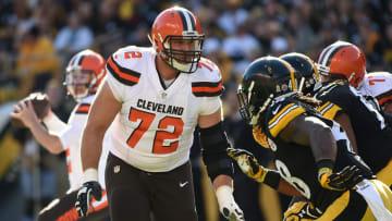 The Cleveland Browns let OL Mitchell Schwartz walk in 2016.