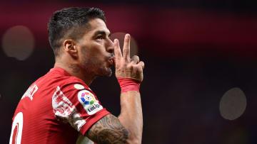 Suárez deixou sua marca contra o Barcelona