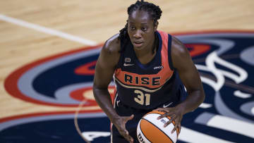 Dallas Wings vs Washington Mystics prediction, odds, over, under, spread, prop bets for WNBA game on Saturday, August 28.