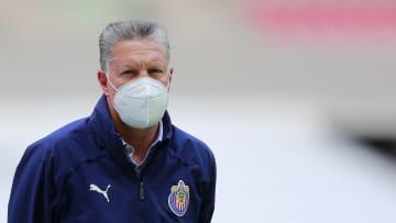 La criticas contra el director deportivo siguen en Chivas