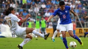 Cruz Azul v Pumas - Apertura 2010