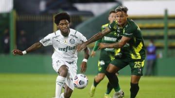 Palmeiras venceu o Defensa y Justicia por 2 a 1 na Copa Libertadores.