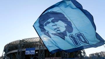 L'Élysée rend hommage à Diego Armando Maradona