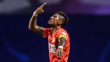 Carlos Tévez, Paulinho, Arana e mais: confira sete jogadores que o torcedores do Corinthians aceitaria fácil de volta.