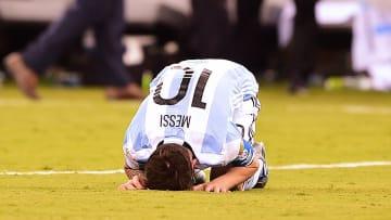 FBL-COPAM2016-ARG-CHI - Messi, destruído.