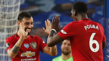 Bruno Fernandes is reportedly keeping tabs on Paul Pogba's contract situation at Manchester United
