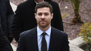 Alonso telah memperpanjang kontraknya dengan Sociedad