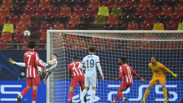 Giroud marcó el único gol del partido