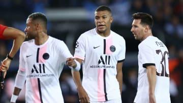Neymar, Kylian Mbappé et Lionel Messi avec le Paris Saint-Germain cette saison