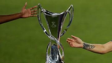 Quem terá o privilégio de erguer a taça mais cobiçada do futebol feminino europeu?