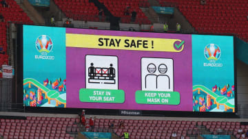 EURO 2020'de Corona uyarıları
