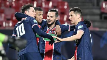 Les Parisiens fêtant le premier but de Kylian Mbappé face à Brest (0-3)