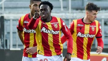 Arnaud Kalimuendo a réalisé une très bonne saison avec Lens.