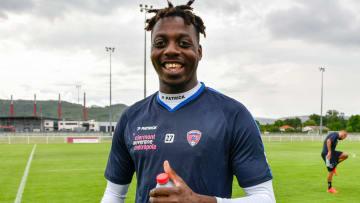 Mohamed Bayo a choisi de poursuivre avec le Clermont Foot.