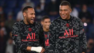 Rosto do FIFA 22, Mbappé aparece ao lado de Neymar entre os 10 jogadores mais bem pagos do mundo em 2021