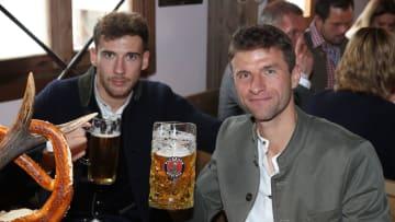 Prost, FCB! Am Tag nach dem Tag des Bieres machen die Bayern wohl  Meistertitel Nr. 31 klar!