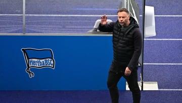 Vier Corona-Fälle bei der Hertha: Betroffen ist auch Chefcoach Pal Dardai