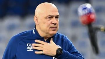 Auf Christian Gross und Schalke warten vorentscheidende Wochen