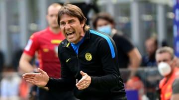 Treinador italiano deixou a Inter de Milão depois de divergências financeiras.