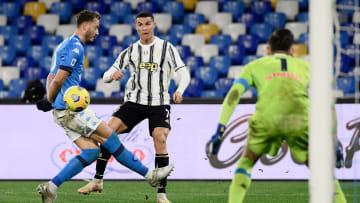 A Juventus foi irregular em suas últimas partidas e viu Napoli, Lazio e Roma se aproximarem das primeiras posições.