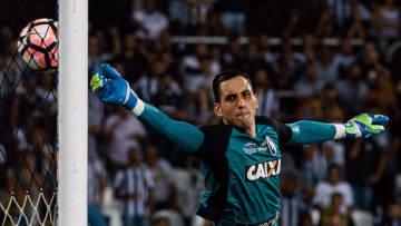 Gatito vai a campo mais uma vez pelo time carioca