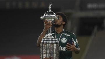 FBL-LIBERTADORES-PALMEIRAS-SANTOS - Palmeiras sigue defendiendo el título: jugará ante Sao Paulo en cuartos.