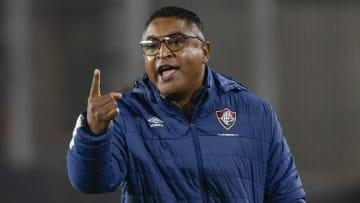 Roger Machado teve noite terrível em Bragança Paulista