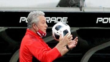 El entrenador del Rebaño fue cesado tras la victoria contra Pachuca