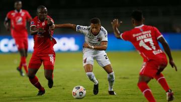 Athletico-PR e América de Cáli se reencontram nas oitavas de final da Sul-Americana. Furacão venceu jogo de ida por 1 a 0.